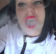 RussianBeauty - Pulling you down under My Smoke spell