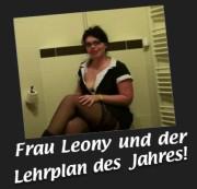 sexy-privat-girl - Frau Leony - die etwas andere Lehrerin - stellt sich vor